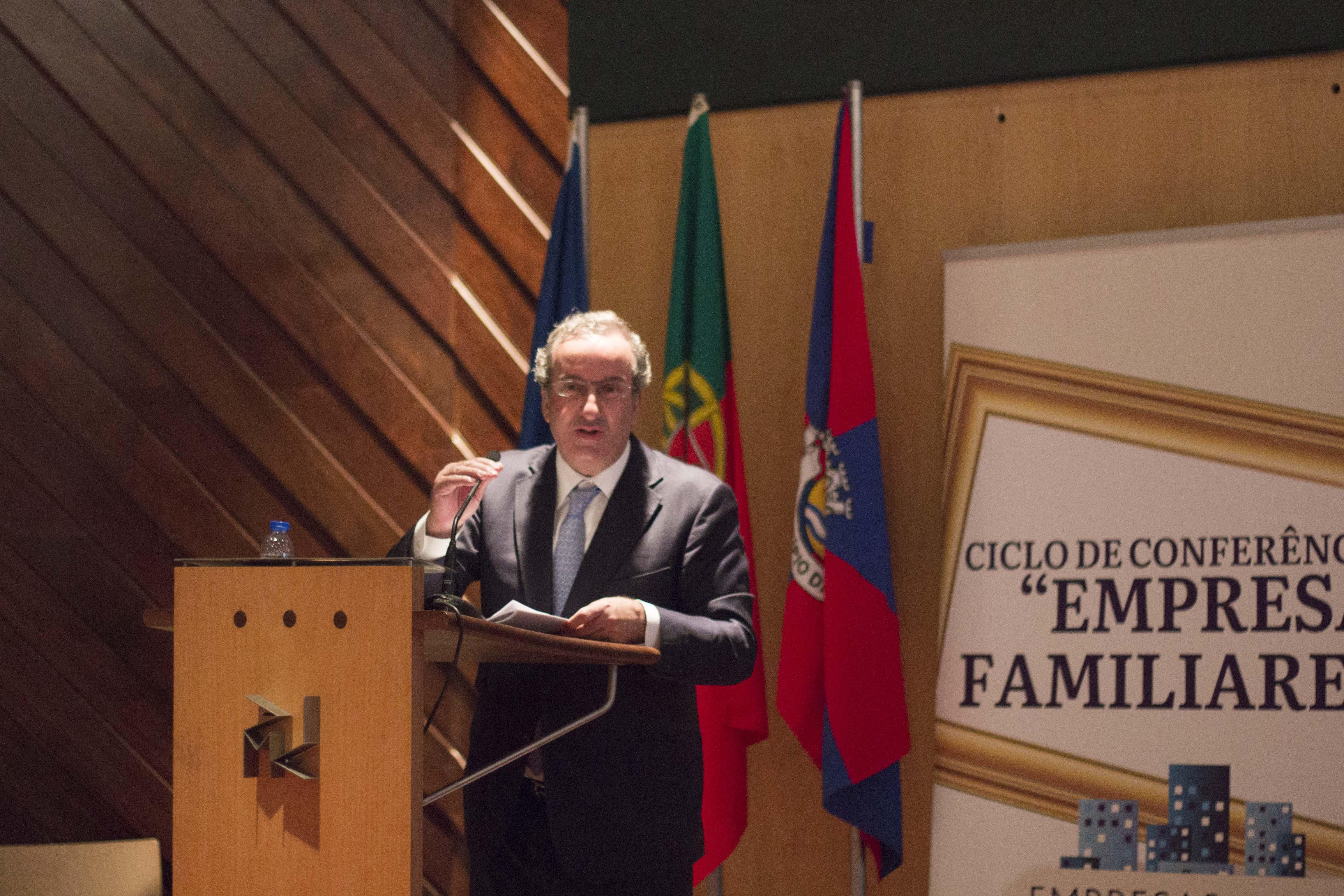 Maia, 09/07/2015 - 1ª Conferência A sucessão da liderança na empresa familiar no âmbito do ciclo de conferências