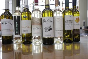 Duva Portugal wine girls vinhos
